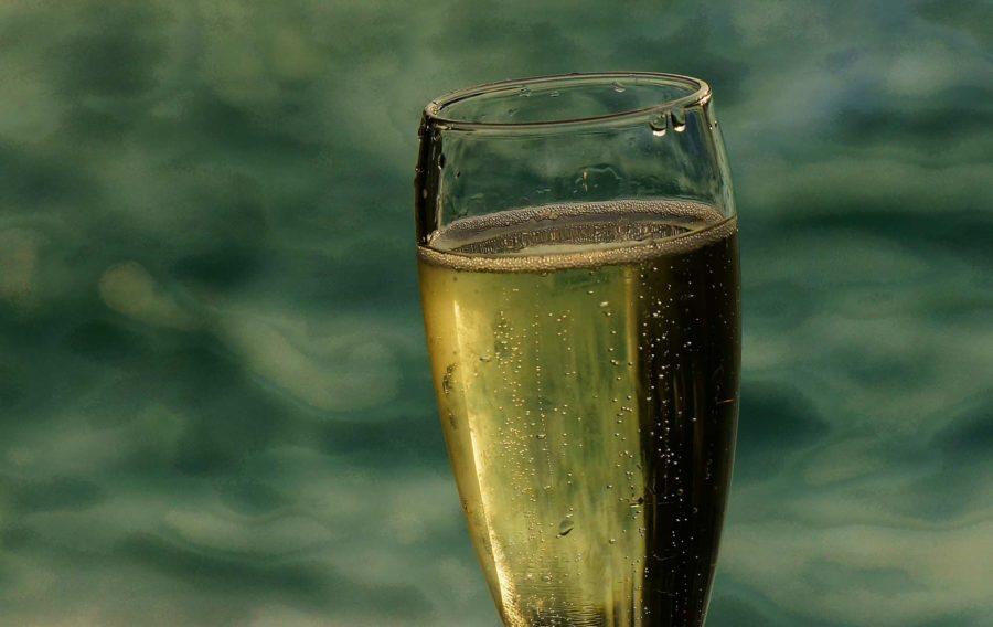 Halsema: geen alcoholverbod op grachten