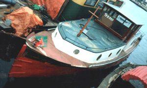 De Hilda aan de Borneokade in 1990.