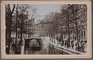 Kleine gracht in Amsterdam