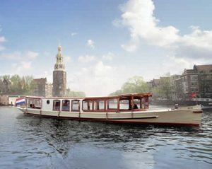 De originele Hilda zoals hij nu eruit ziet en rondvaarten door de Amsterdamse grachten verzorgd.