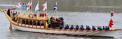 Koningin Elisabeth Stuart van Bohemen was de eerste die een rondvaart in Amsterdam meemaakte