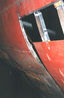 Hier in detail een huidvervanging van het rondvaartschip.