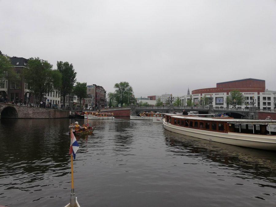 Blije optocht van de rondvaart, opening van de Amsterdamse grachten